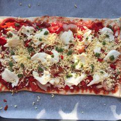 Zelfgemaakte studenten pizza
